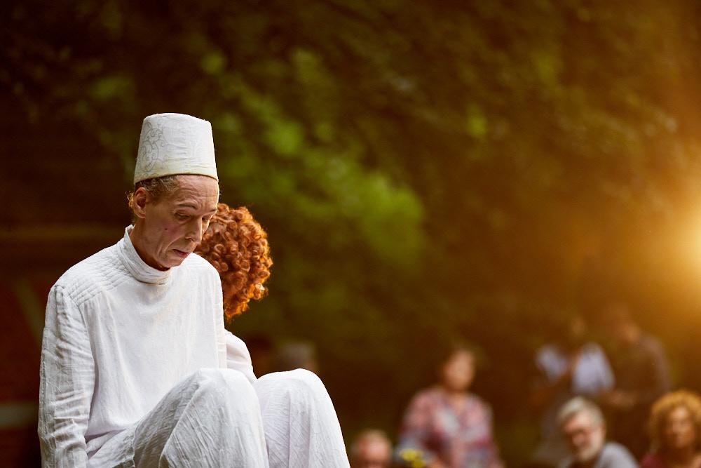 Kleines Fest im Gro0en Park Foto von Oliver Borchert