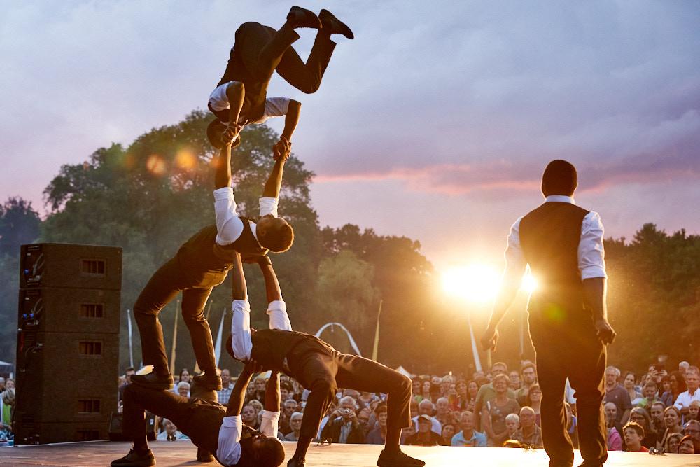 Kleines Fest im Großen Park Foto von Oliver Borchert