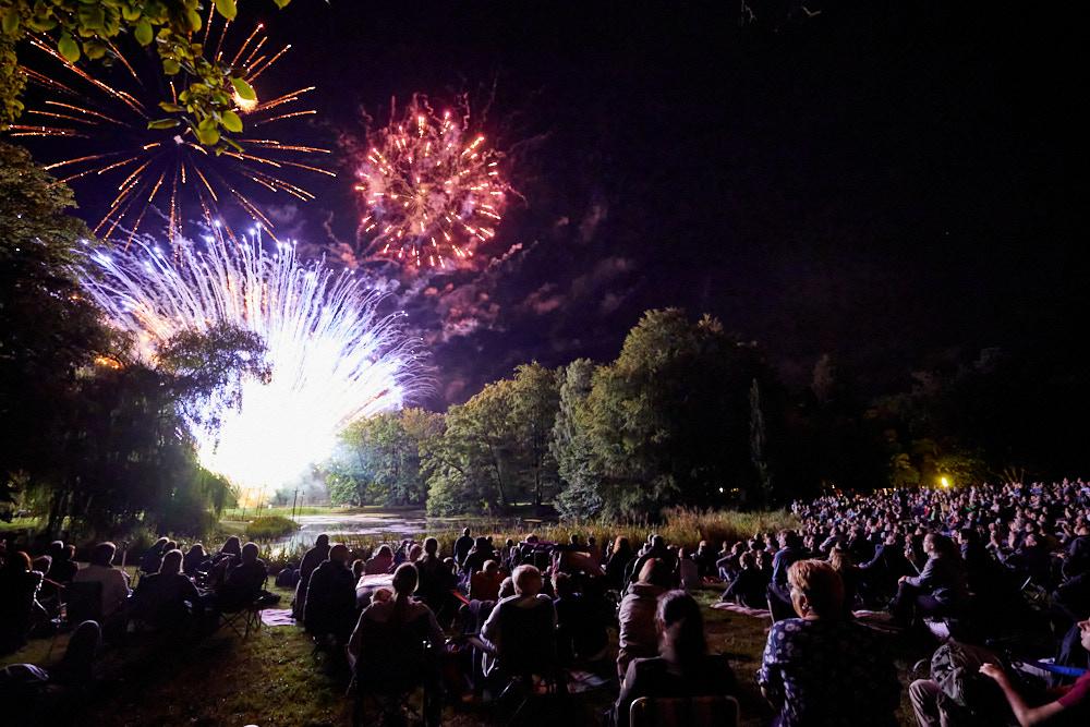 Feuerwerk beim Kleinen Fest im Großen Park LudwigslustFoto von Oliver Borchert